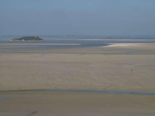 Dans la baie du Mont-Saint-Michel, le marnage peut atteindre 10 mètres. © duvalmickael50 CC by-nc-sa 2.0