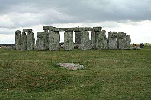 Stonehenge. Source : Commons