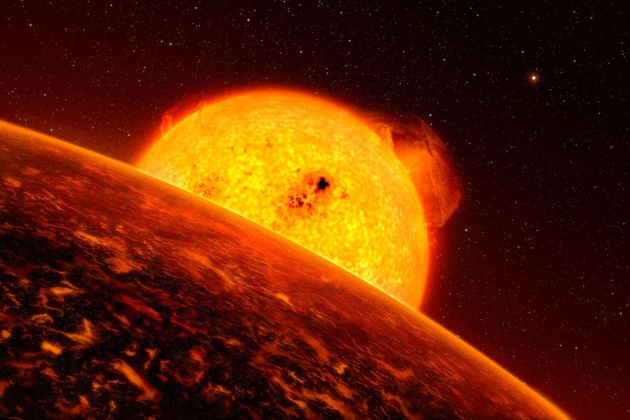 Une vue d'artiste de Corot-7b, une planète rocheuse environ 5 fois plus lourde que la Terre et gravitant à seulement 2,5 millions de km de son étoile (contre 149 millions pour la Terre). L'année y dure seulement 20,4 h. C'est l'une des exoplanètes ayant la plus courte période orbitale connue et elle doit être recouverte par un océan de lave. Selon les observations de Kepler, des exoplanètes encore plus infernales existeraient. © L. Calcada, ESO