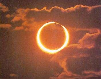 Éclipse annulaire de Soleil, visible en Chine, au Japon, et à l'ouest des États-Unis