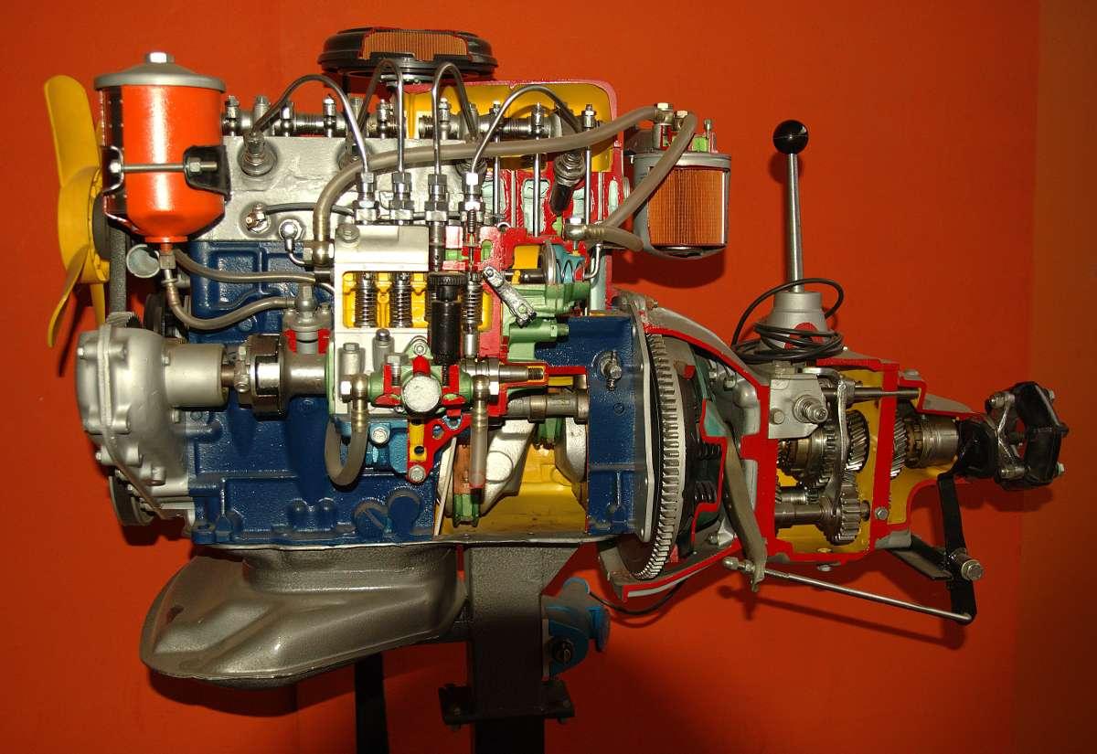 Le moteur diesel est l'un des deux types de moteurs les plus utilisés par les véhicules automobiles. © Luc Viatour, CC BY-SA 3.0, Wikimedia Commons