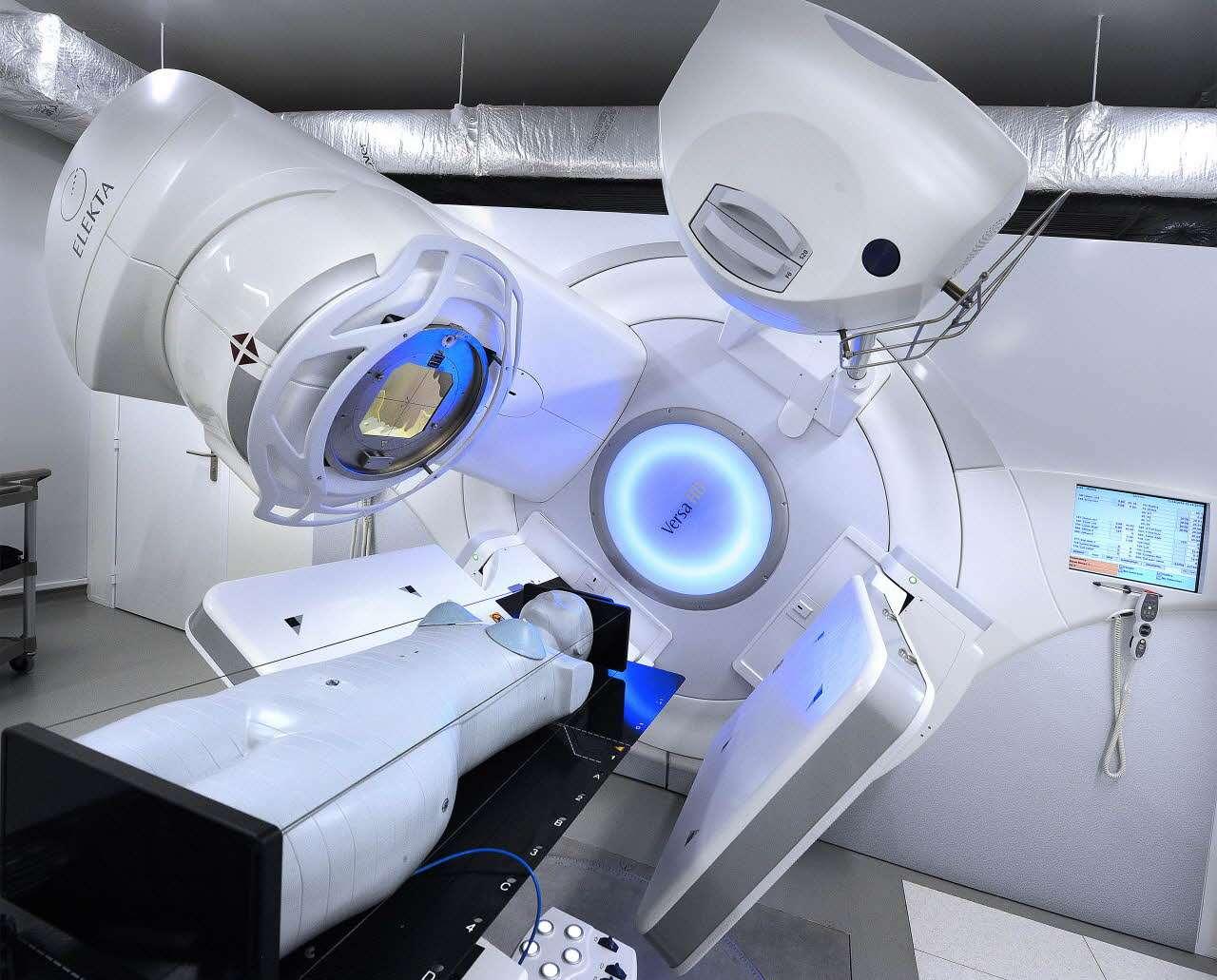 La plateforme Doseo sert à étudier de nouvelles méthodes de radiothérapies et à former des étudiants. C'est un des domaines où intervient le CEA (Commissariat à l'énergie atomique et aux énergies alternatives), et qui sera à découvrir dans l'exposition installée à la Cité des sciences, à Paris. © L. Godart, CEA