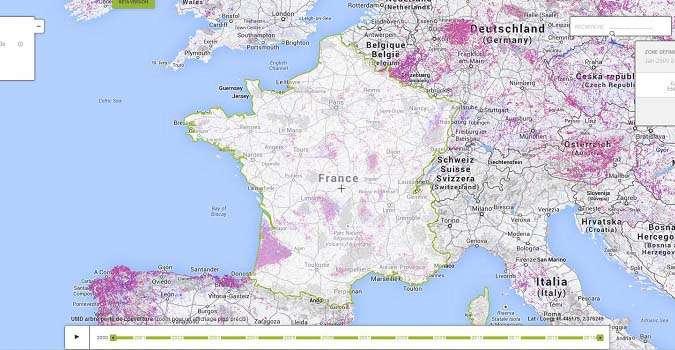 Sur cette carte quasiment en temps réel, on peut apercevoir la déforestation (points roses) ainsi que le reboisement (points bleus). L'objectif de Global Forest Watch est de fournir les données nécessaires pour éclairer les décisions politiques sur la déforestation. © Global Forest Watch