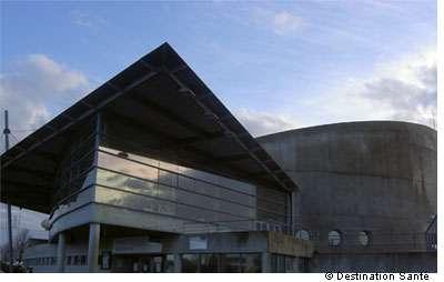 La piscine Jules Verne de Nantes pourrait être la source de contamination d'un homme décédé de la légionellose. © Destination Santé