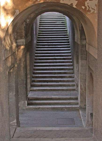 L'emmarchement consiste à définir la hauteur et la largeur des marches d'un escalier. © MM, Domaine Public, Wikimedia Commons