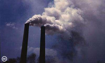 Selon l'International Energy Agency, près de 34,8 milliards de tonnes de CO2 auraient été émis dans l'atmosphère en 2011. © Global Campaign for Climate Action, Alfred Palmer