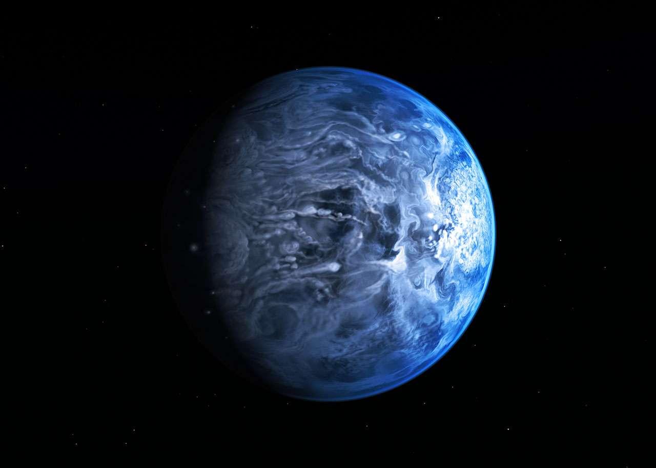 Vue de l'espace par de futurs voyageurs interstellaires terriens, l'exoplanète HD 189733b apparaîtrait d'un bleu azur rappelant celui de notre planète. Or, cette image d'artiste cache en réalité un monde infernal où le plomb entrerait en fusion. Cette exoplanète est en effet une Jupiter chaude et non pas une planète-océan. © M. Kornmesser, Nasa, Esa