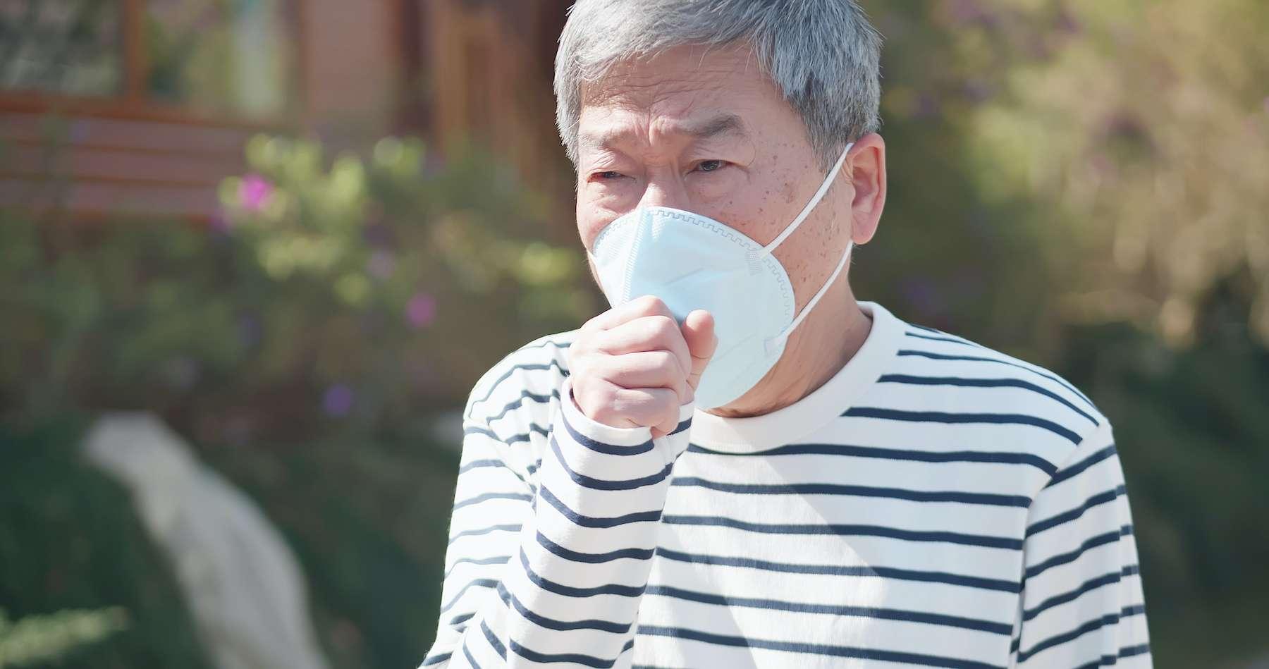Les patients de la « deuxième vague » en Chine mettent plus de temps à développer des symptômes et sont touchés essentiellement aux poumons. © ryanking999, Adobe Stock
