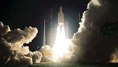 Lancement d'Ariane 5 le 5 octobre 2007. Crédit Arianespace.