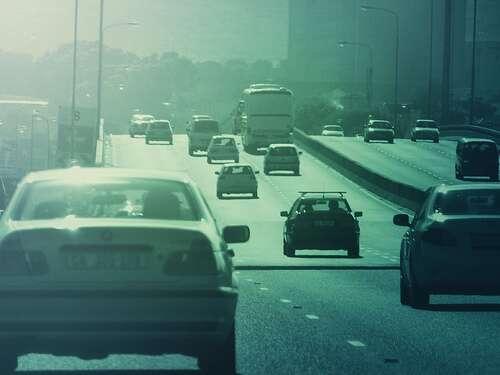 L'automobile n'est pas bonne pour les enfants... © *betenoir* / Flickr - Licence Creative Common (by-nc-sa 2.0)