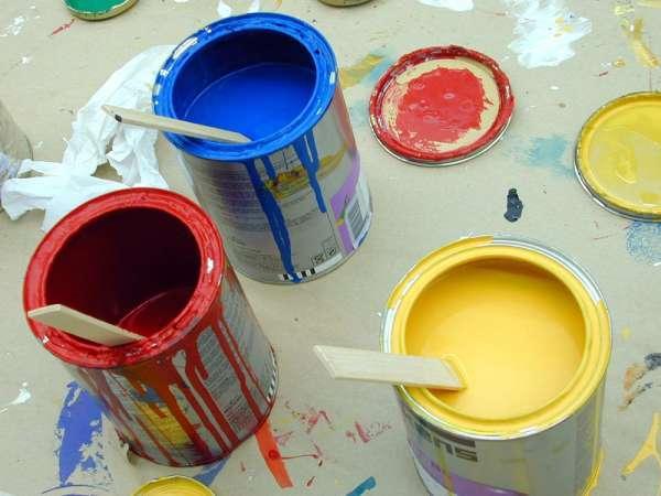 Pots de peinture - Crédits DR.