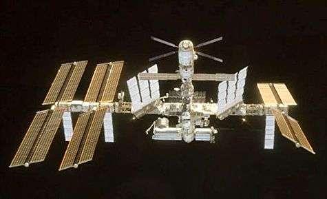 La Station Spatiale Internationale lors de la dernière visite de navette, en mai 2008. Crédit Nasa