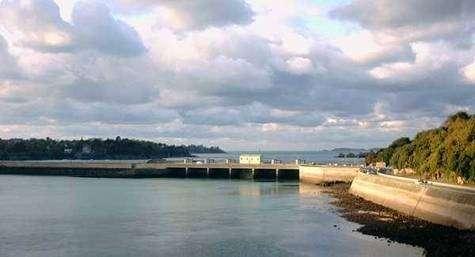 Barrage sur la Rance (France)