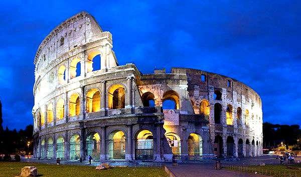 Le Colisée, à Rome. Sa construction s'est achevée sous l'empereur Vespasien, en 80 de notre ère. Il s'agit du plus grand amphithéâtre construit dans l'Empire romain. © Diliff, cc by sa 2.5