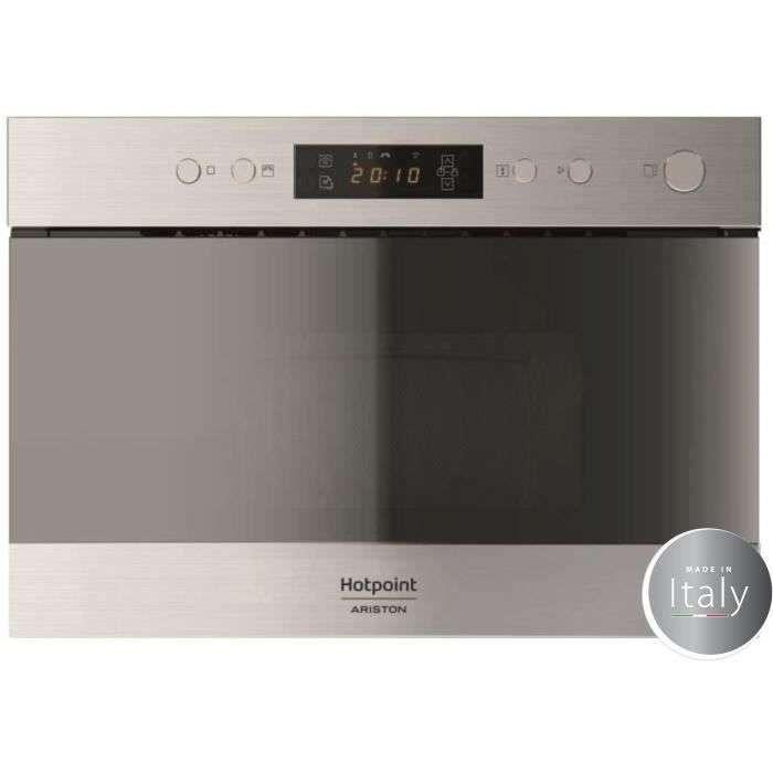 Bon plan : le micro-ondes encastrable Hotpoint MH 200 IX © Cdiscount