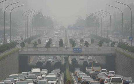 Un rapport de la Banque mondiale établissait qu'en 2007, il y avait plus 750.000 décès prématurés par an en Chine en raison de la pollution. Si les qualités de l'air et de l'eau douce sont souvent déplorées, il n'en reste pas moins que la mer de Chine est également très polluée. © DR