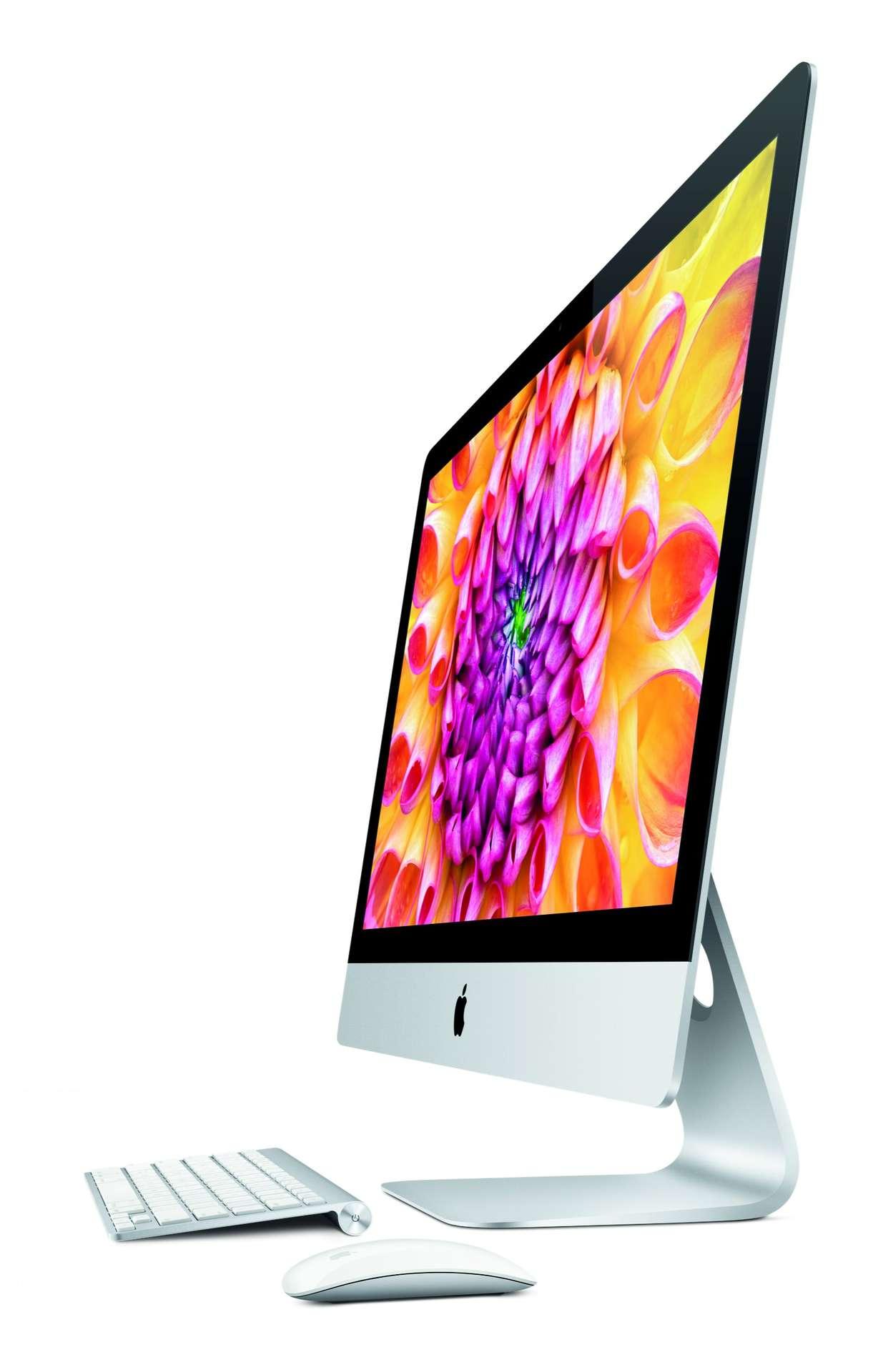 Le nouvel iMac n'a finalement pas hérité d'un écran Retina, mais d'un design encore affiné qui devrait en faire l'ordinateur de bureau hype par excellence. © Apple