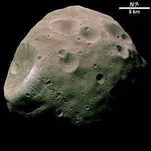 Phobos vu par la sonde européenne Mars Express (novembre 2004)