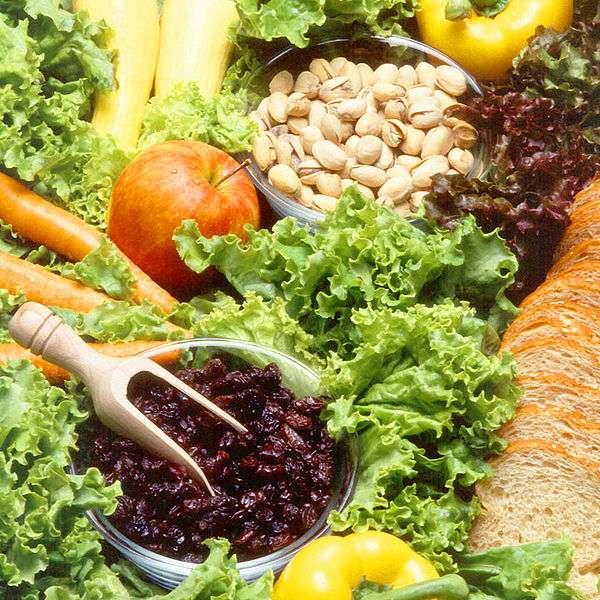 Les fruits et légumes des étals sont le fruit d'un processus constant de sélection artificielle. © Agricultural Research Service, Wikimedia domaine public