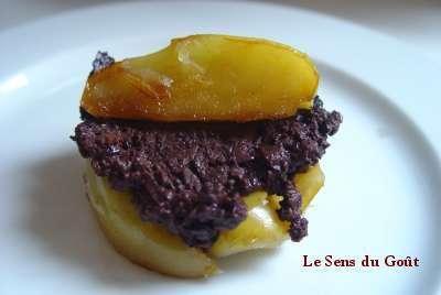Le boudin n'est pas un mets diététique, mais apporte du fer. Ici, du boudin noir aux pommes. © sensdugout.canalbog.com