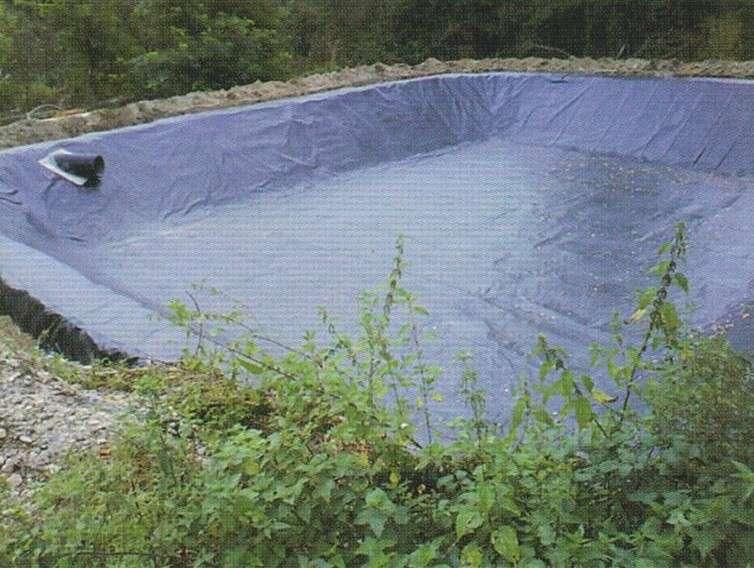 Géomembrane de bassin. © agrivitistock.fr