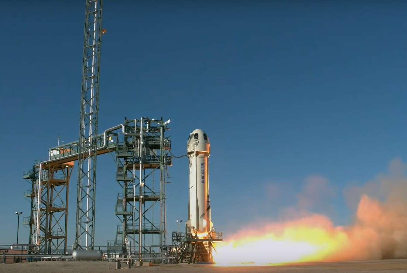 Le lanceur réutilisable New Shepard développé par Blue Origin au décollage le 2 mai 2019. © Blue Origin
