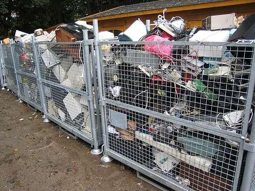 Recyclés ou réutilisés, les matériels informatiques peuvent avoir une seconde vie... © Nitot / Flickr - Licence Creative Common (by-nc-sa 2.0)