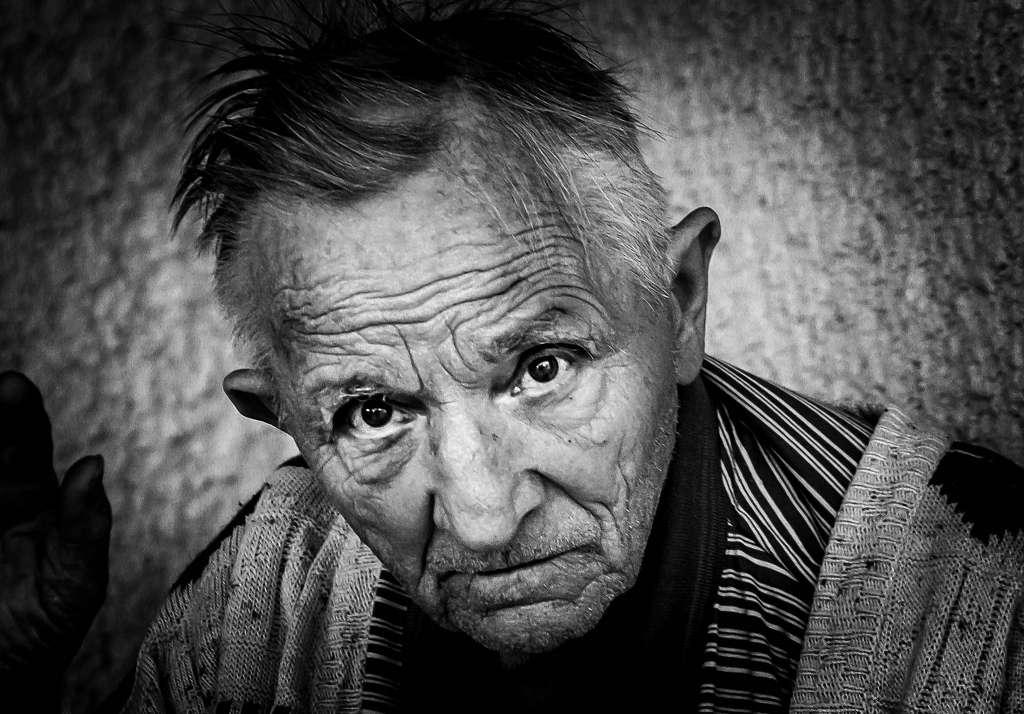 La maladie d'Alzheimer est la démence neurodégénérative la plus fréquente. Elle survient en moyenne autour de 65 ans et concerne actuellement environ 850.000 personnes en France. © Pattoise, Flickr, cc by nc nd 2.0
