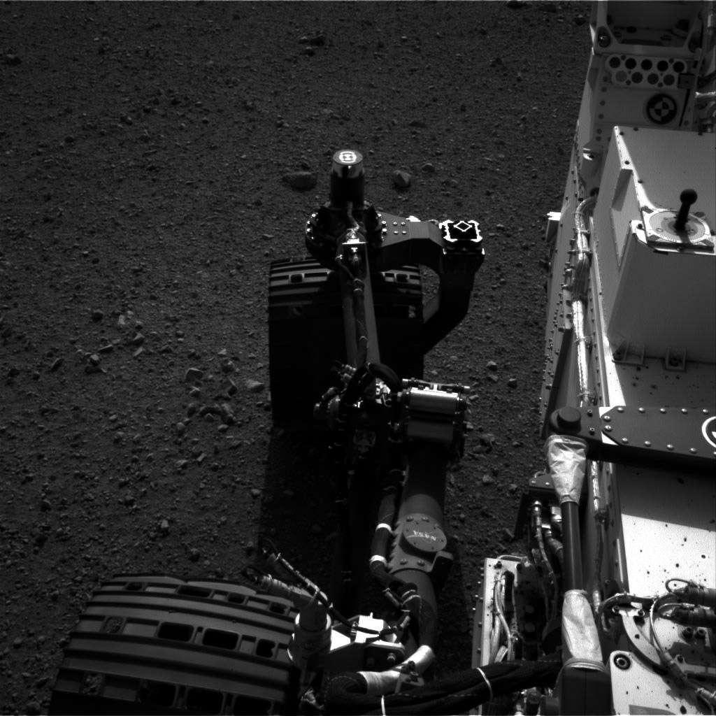 Les six roues de Curiosity ne sont pas de trop pour transporter et déplacer les plus de 1.000 kg du rover ! © Nasa/JPL-Caltech
