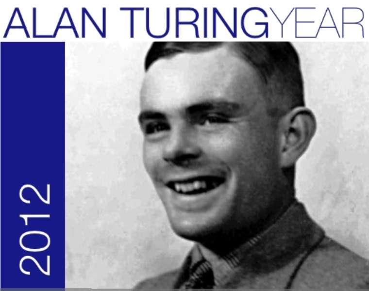Le logo de l'année Alan Turing en 2012 rendait hommage à l'un des grands esprits du siècle dernier. Les travaux de Turing ont porté sur les fondements des mathématiques et surtout de l'informatique théorique. Mais les horizons du mathématicien s'étendaient bien au-delà, car il s'intéressait aussi à la théorie de la relativité, à la mécanique quantique et à la biologie théorique. © School of Mathematics, université de Leeds