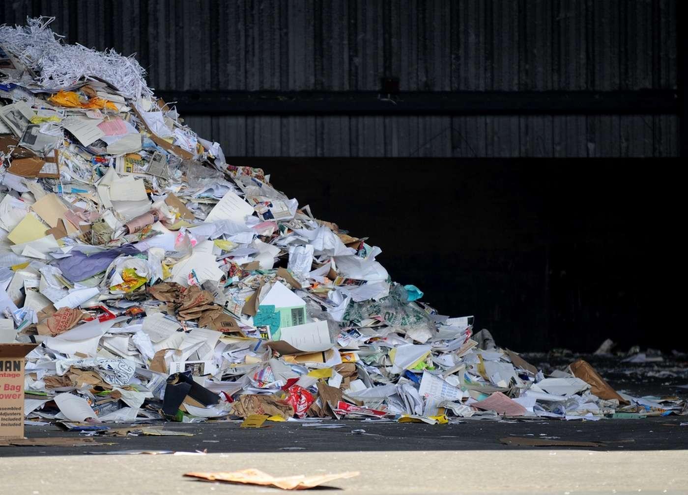 Début 2016, Epson commercialisera sa machine à recycler le papier qui travaille en utilisant un minimum d'eau. Son tarif n'a pas encore été annoncé. © D Coetzee, Flickr, CC0 1.0