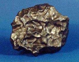 Une météorite ferreuseCrédit : http://messenger.jhuapl.edu