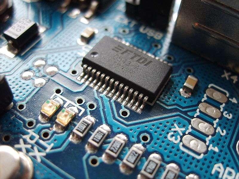 La photolithographie est très employée dans le secteur de l'électronique. © DustyDingo, Wikipédia, DP