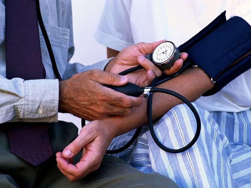 Des chercheurs français testent un nouveau médicament antihypertenseur qui inhibe l'action d'une enzyme impliquée dans l'hypertension. En France, plus de 10 % de la population serait concernée par l'hypertension artérielle. © www.volganet.ru, Wikimedia Commons, cc by sa 3.0