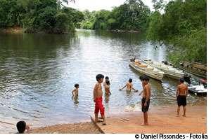 La pollution au mercure, venue des activités d'orpaillage, touche l'eau douce. © Daniel Pissondes/Fotolia
