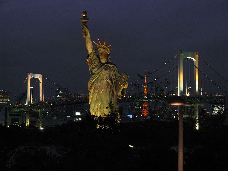 Combien de statues de la Liberté sont installées dans le monde ? Voici la réplique de Tokyo. © Hide 1228, Wikimedia Commons, cc by sa 3.0