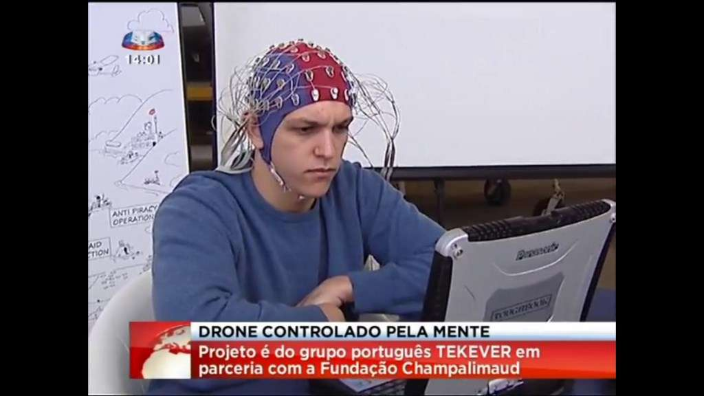 Après l'essai en simulateur de vol réalisé l'année dernière, le projet Brainflight est passé à la pratique. La société portugaise Tekever impliquée dans ce projet européen a fait la démonstration d'un vol de drone manœuvré par la pensée. © Tekever
