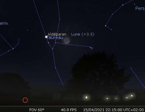La Lune en rapprochement avec l'amas des Pléiades et Aldébaran