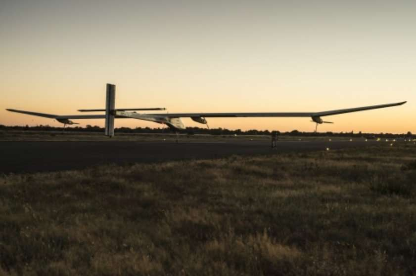 Le HB-SIA, ce 23 juillet 2012, attend sur l'aéroport de Toulouse-Francazal le vol de retour vers Payerne. © Solar Impulse