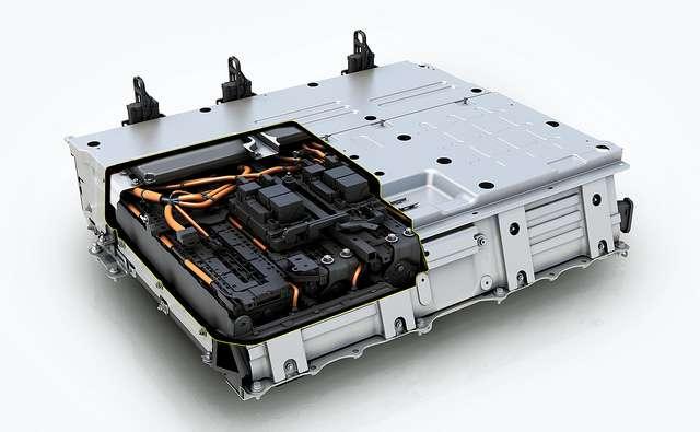 Les batteries lithium-ion sont très présentes dans les voitures électriques, telle la Toyota Prius. © Toyota UK, Flickr, CC by-nc-nd 2.0