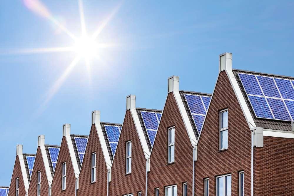L'isolation des bâtiments, bien engagée en Europe, est un bon moyen pour réduire les consommations d'énergie. © Mediagram/shutterstock.Com