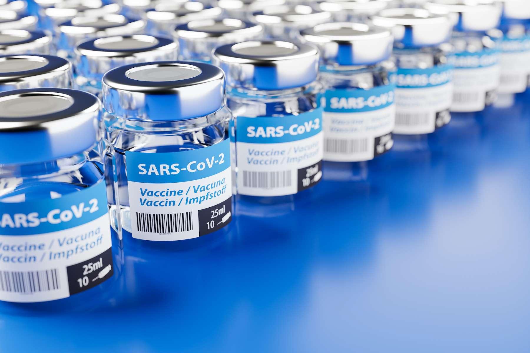 Plus de sept milliards de doses de vaccin contre le coronavirus pourraient s'avérer nécessaires. © Andreas Prott, Adobe Stock