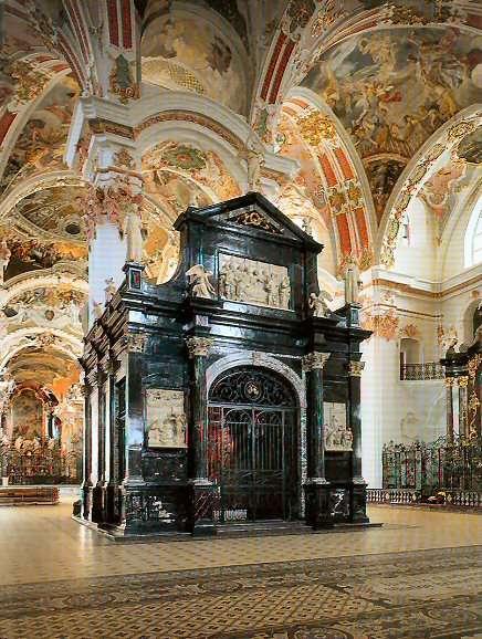 La chapelle Notre-Dame de l'abbaye d'Einsiedeln, qui date du XVIIIè siècle, une époque où la société civile a remplacé les ordres religieux pour l'observation météo. © Kloster Einsiedeln
