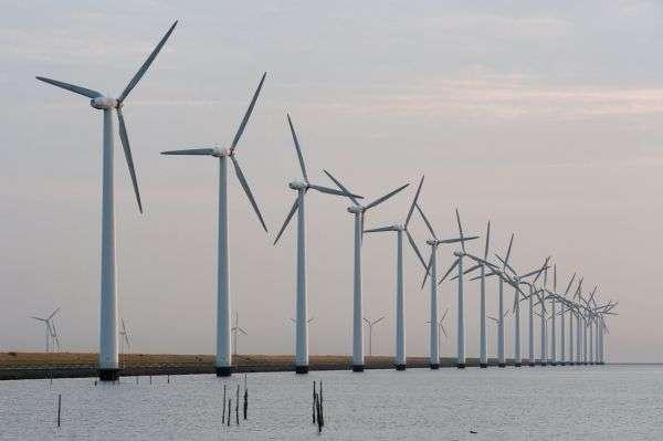 Éoliennes ©Stefan Kuiper