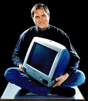 Steve Jobs présente l'iMac en 1998. © DR