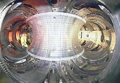 Symbole parfait de la recherche fondamentale à long terme, le Tokamak pourrait se révéler la source d'énergie incontournable de l'humanité d'ici quelques décennies.(Princeton Plasma Physics Laboratory).