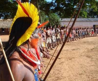 Les stocks de poissons qu'exploitent les Kayapos, Araras, Jurunas, Arawetés, Xikrins, Asurinis et Parakanãs pour survivre pourraient se réduire avec la construction du barrage de Belo Monte. © InternationalRivers, Flickr, cc by nc sa 2.0