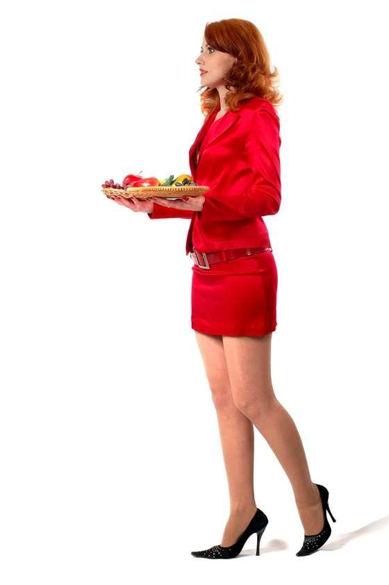 Les serveuses en rouge ont la cote auprès des hommes. Cela se vérifie également pour les autostoppeuses, plus facilement embarquées par les hommes lorsqu'elles s'habillent avec cette couleur chaude. © Zzzdim, StockFreeImages.com