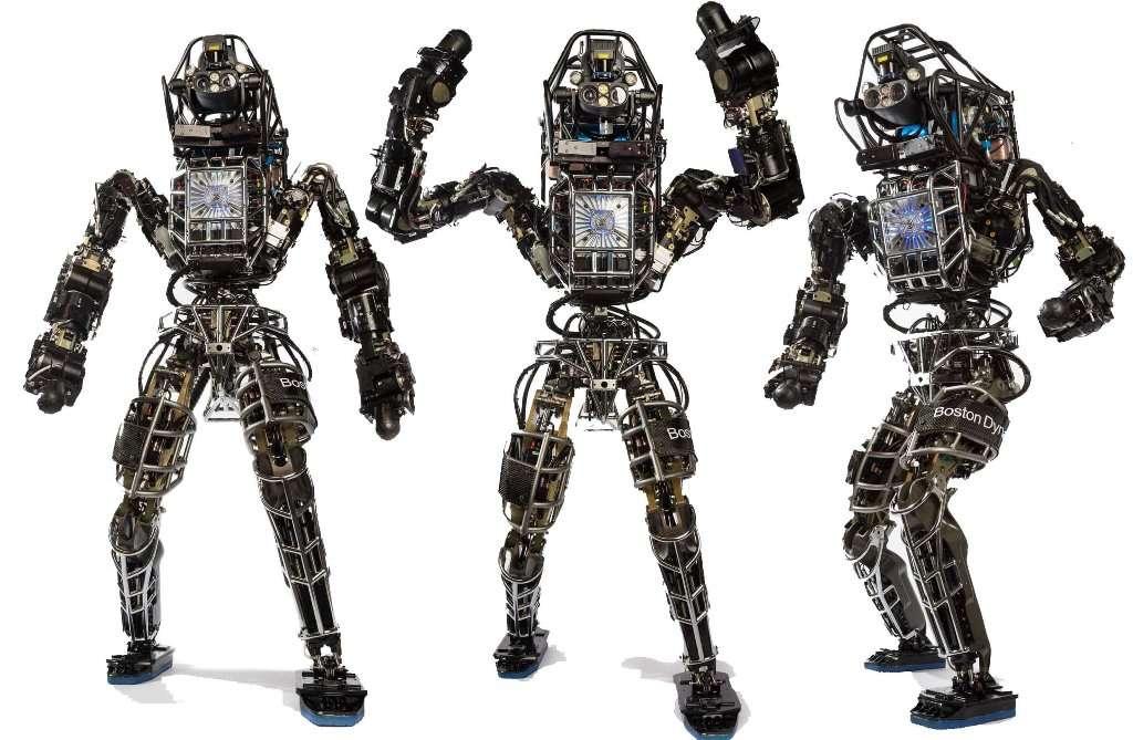 Atlas est un robot humanoïde que la société Boston Dynamics a développé pour le compte de l'armée américaine. Déjà agile et capable de se déplacer sur des terrains chaotiques, Atlas devrait voir ses capacités encore augmenter au cours des années. Google sera-t-il dans quelque temps l'équivalent de l'US Robots, le fabricant des robots positroniques des romans d'Isaac Asimov ? © Boston Dynamics
