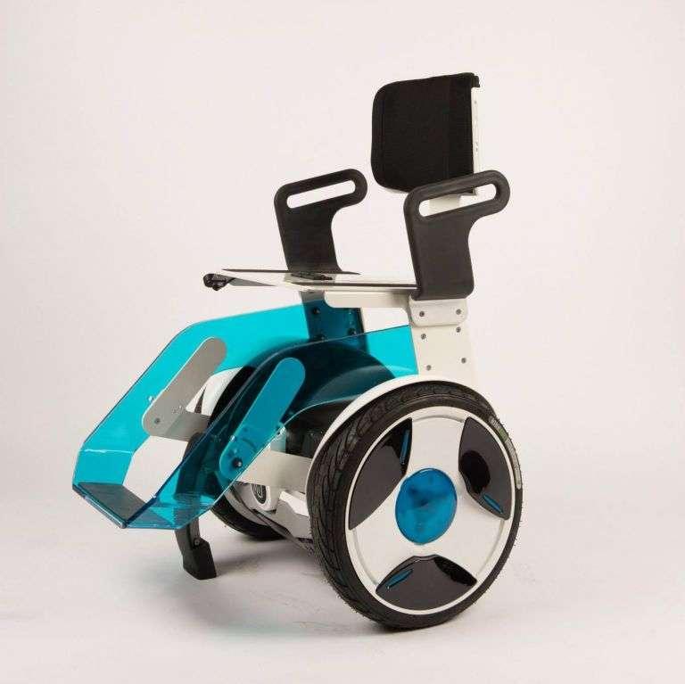Le Gyropode Nino, un fauteuil roulant électrique à autobalancement, a remporté le Grand Prix du jury 2015 au MedPi, qui s'est déroulé au Grimaldi Forum de Monaco du 26 au 29 mai 2015. © Nino Robotics